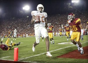 Texas QB Vince Young scores the winning TD on fourth down to beat USC.